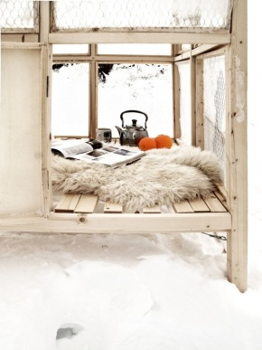 Photos Of The Day : Winter ReadingNooks