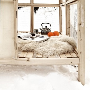 Photos Of The Day : Winter Reading Nooks
